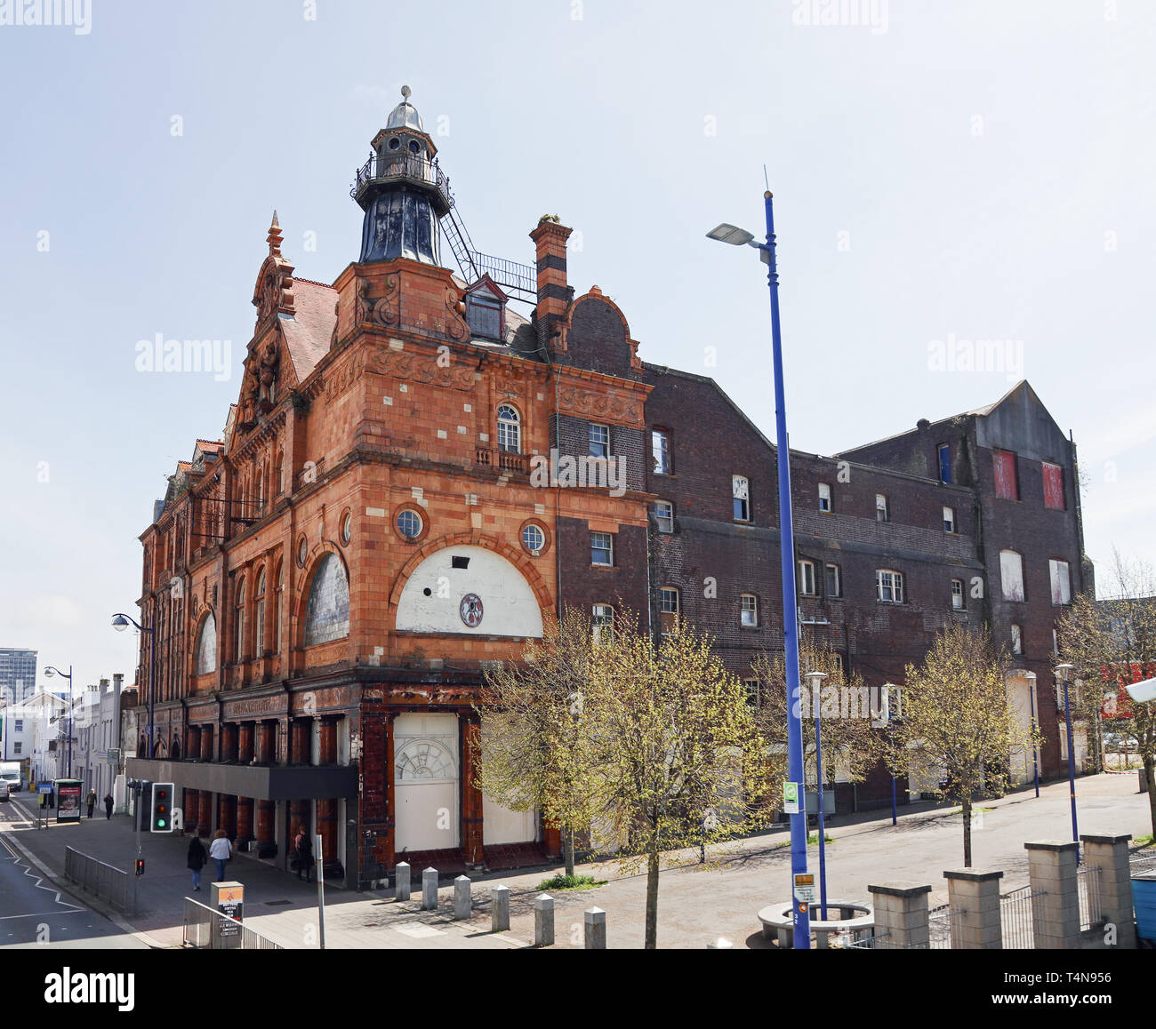 Palace Theatre, Union Street, Plymouth on at risks register. Victorian building. Formerly Academy nightclub. From Ocean City Sights open top bus - Stock Image