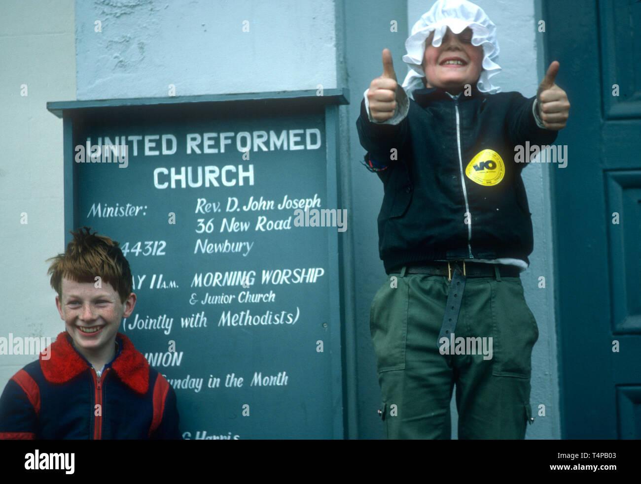 Mischievous children at Hungerford Hocktide, UK in 1982 - Stock Image