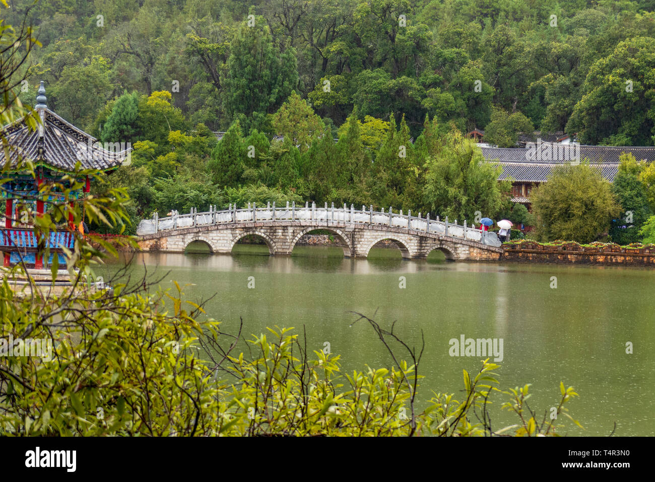 Black Dragon Pool in Lijiang, Yunnan Province, China - Stock Image