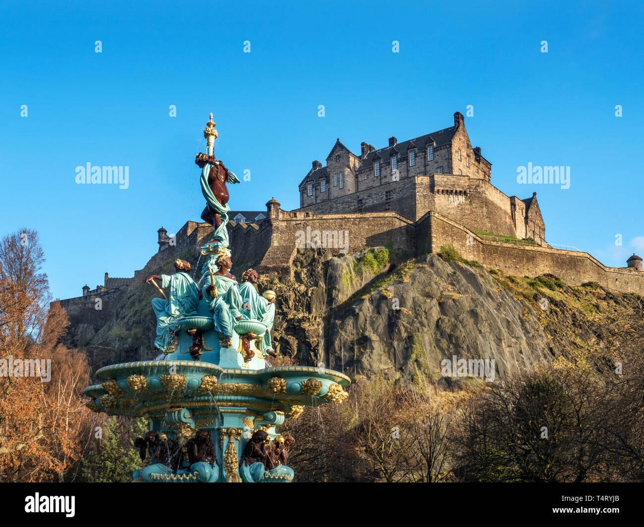 The Ross Fountain and Edinburgh Castle from West Princes Street Gardens Edinburgh Scotland - Stock Image