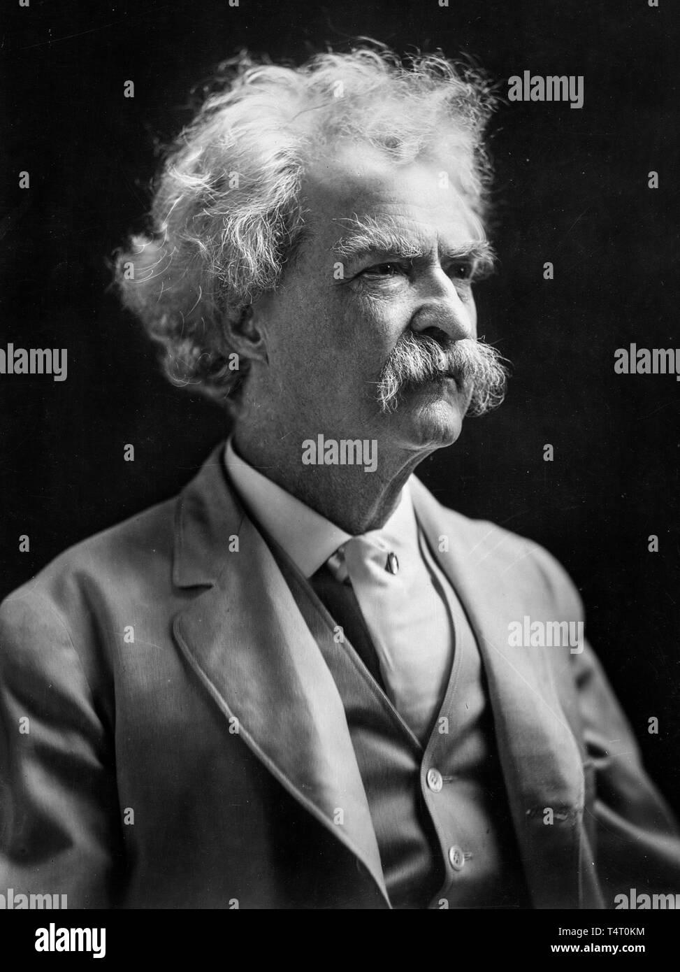 Mark Twain (1835-1910), portrait photograph, 1907 - Stock Image