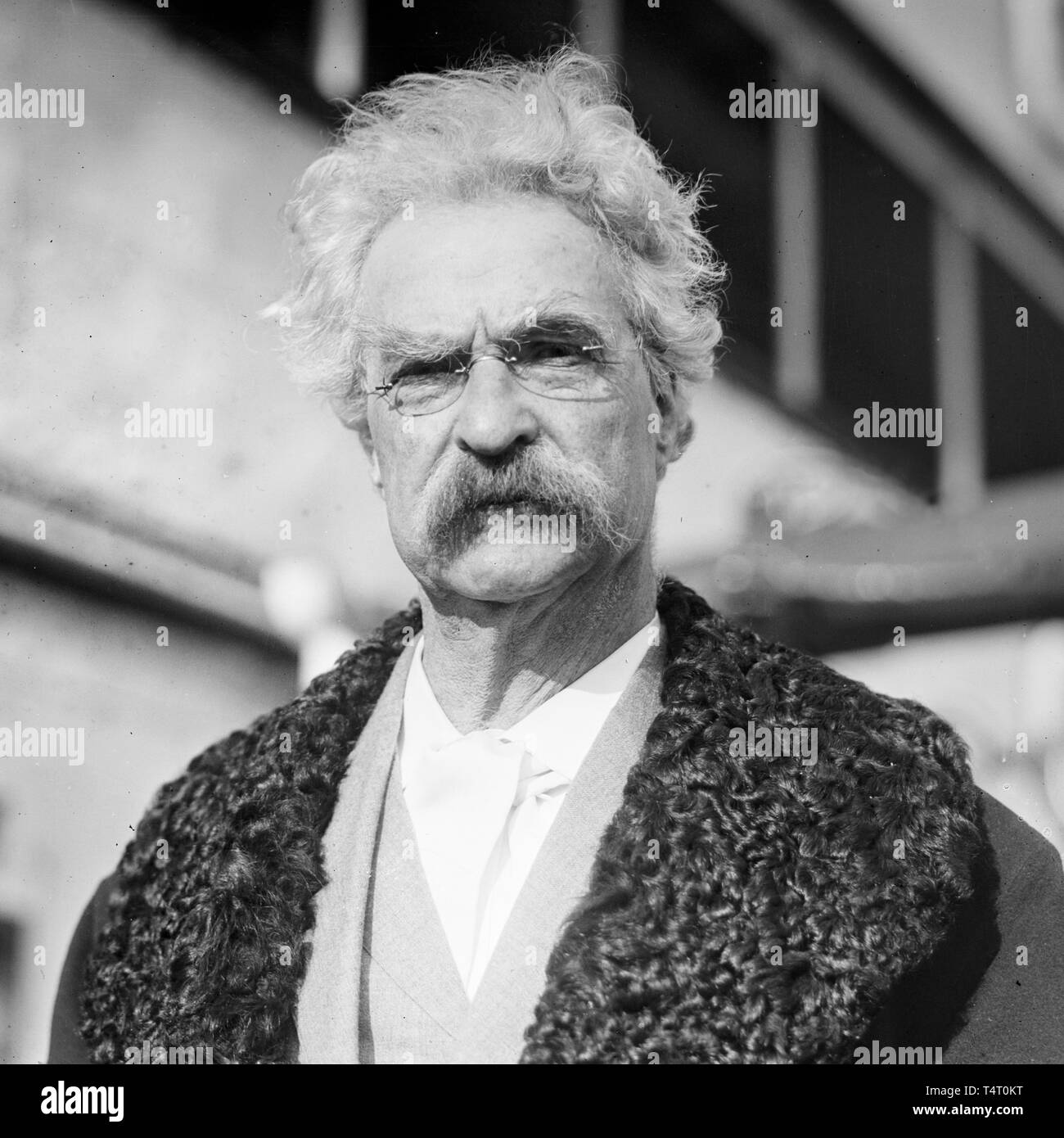 Mark Twain (1835-1910), portrait photograph, 20 December 1909 Stock Photo