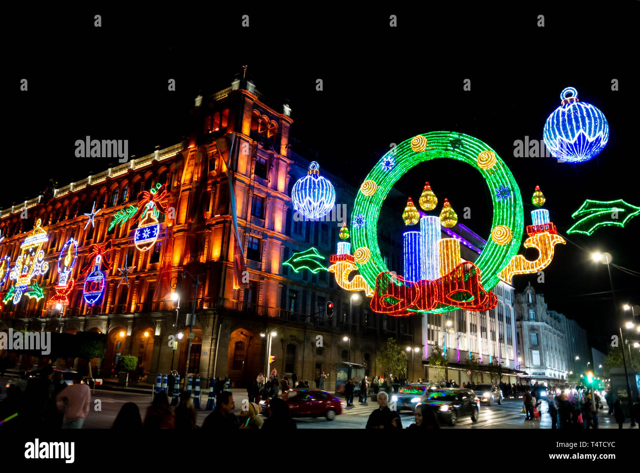 Images Of Zocalo In Mexico Christmas 2021 Mexico City Zocalo Town Square Christmas Night Celebration High Resolution Stock Photography And Images Alamy