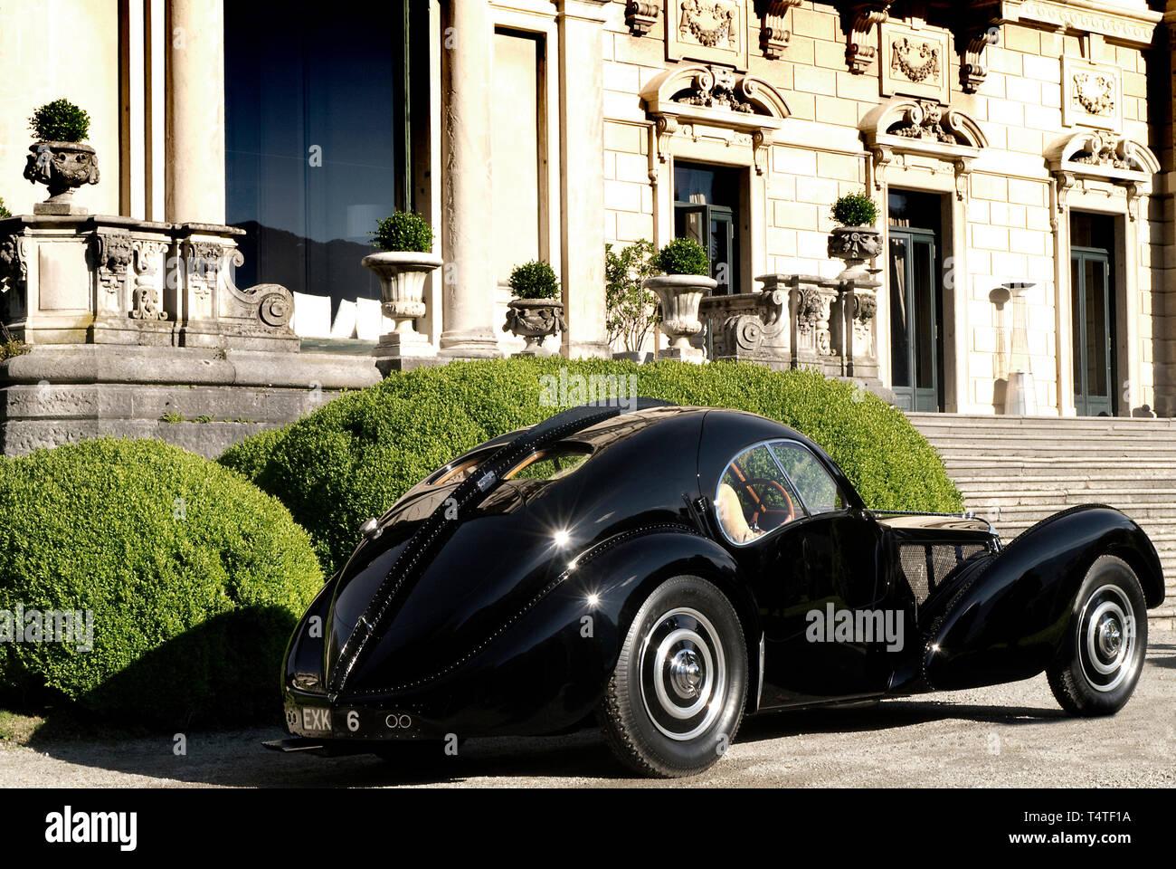 Ralph Lauren S Coppa D Oro Villa D Este Winner 26 5 13 1938 Bugatti 57sc Atlantic Stock Photo Alamy