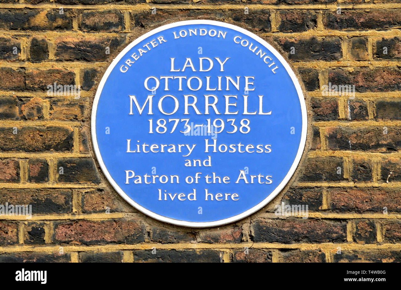 London, England, UK. Commemorative Blue Plaque: LADY OTTOLINE MORRELL (1873-1938) Literary Hostess and Patron of the Arts lived here. 10 Gower Street, - Stock Image