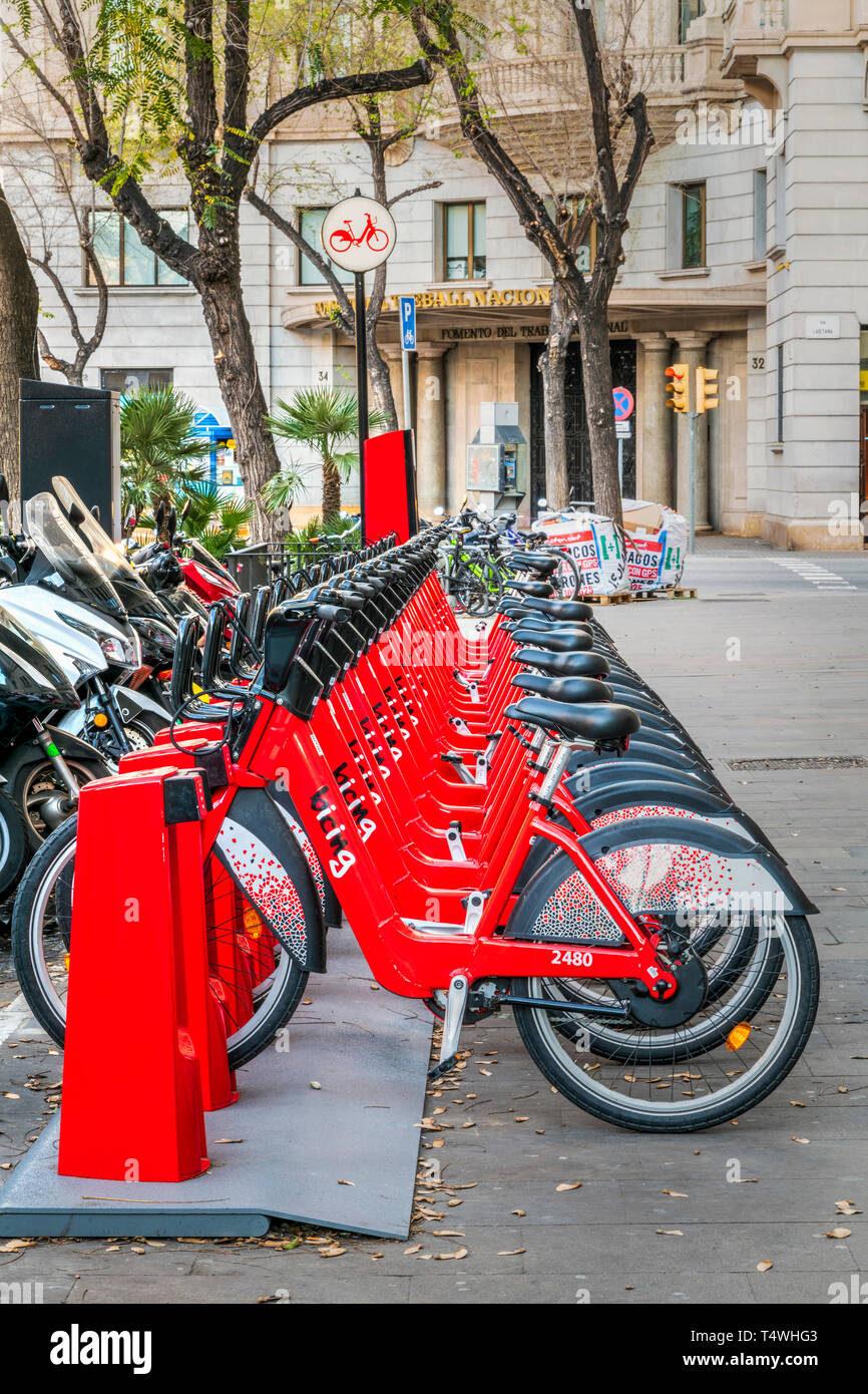 Bike sharing docking station, Barcelona, Catalonia, Spain - Stock Image