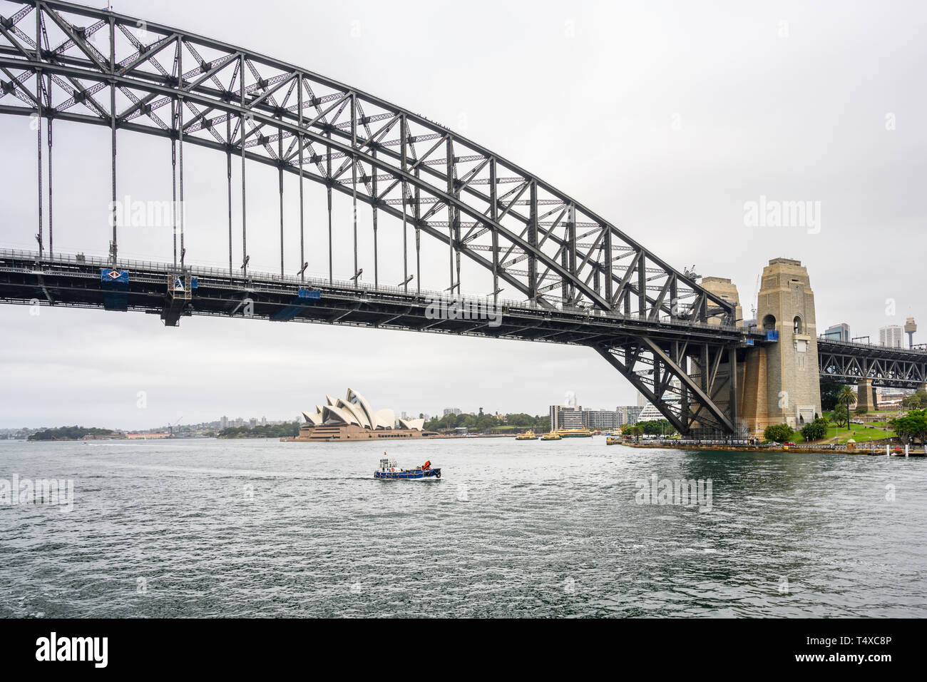Sydney Harbour Bridge carries car, train, bicycle and pedestrian traffic between Sydney Central Business District (CBD) and the North Shore. Stock Photo