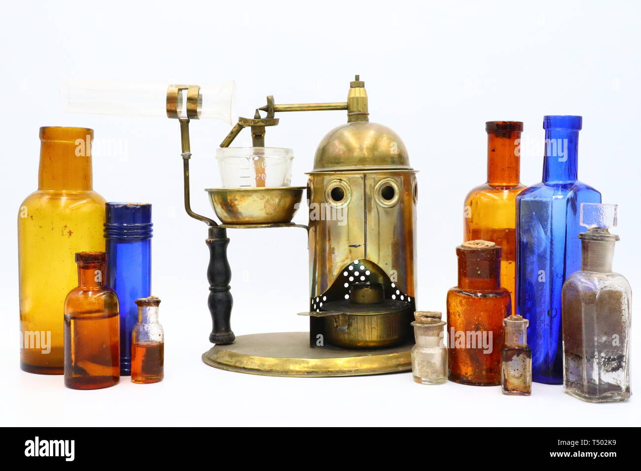 Antique Aerosol Atomizer and Medicine Bottles, Victorian era - Stock Image