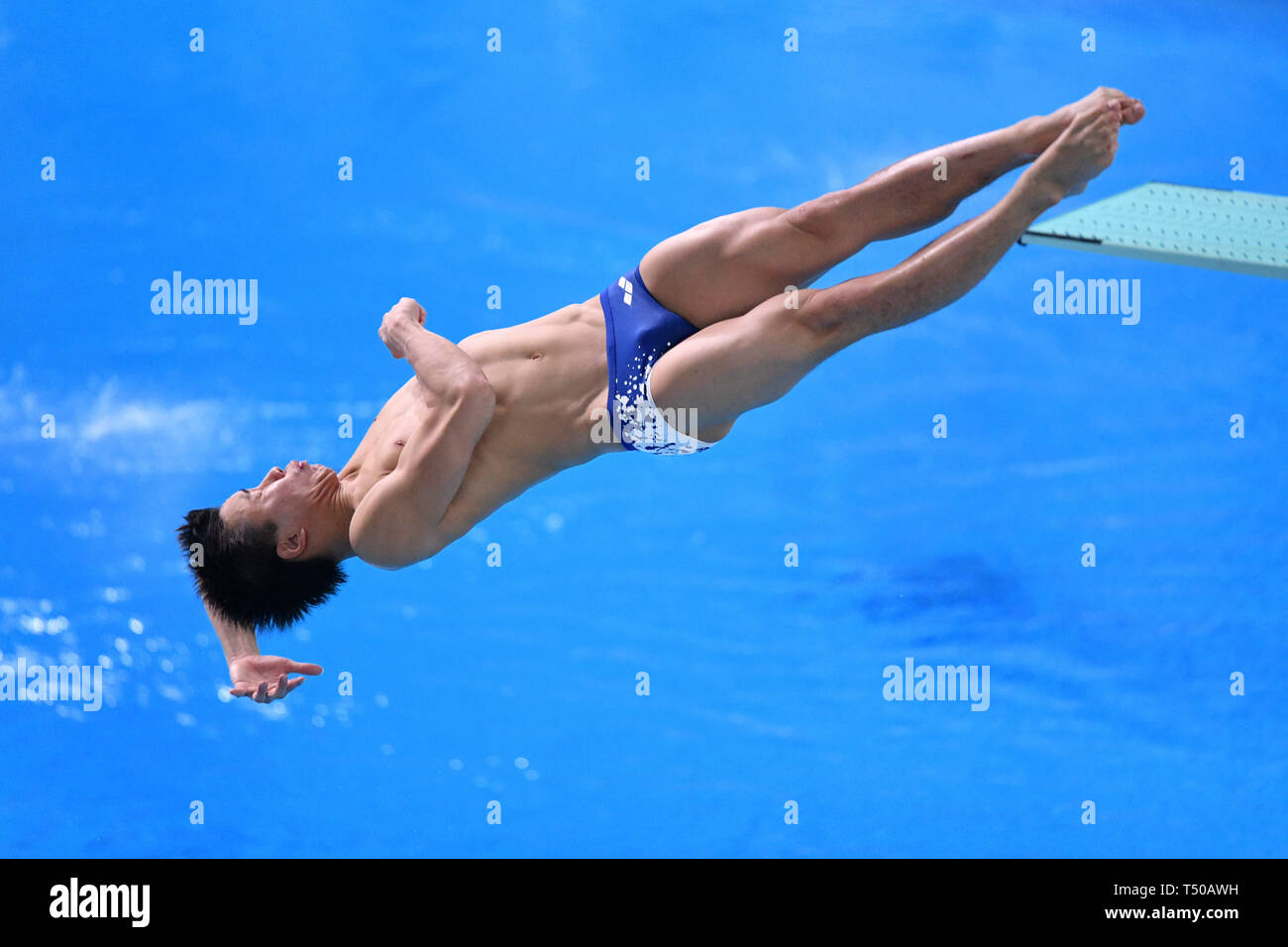 Tatsumi International Swimming Center, Tokyo, Japan. 19th Apr, 2019. Yuto Araki, APRIL 19, 2019 - Diving : Japan Indoor Diving Championship 2019 Men's 1m Springboard Final at Tatsumi International Swimming Center, Tokyo, Japan. Credit: MATSUO.K/AFLO SPORT/Alamy Live News Stock Photo