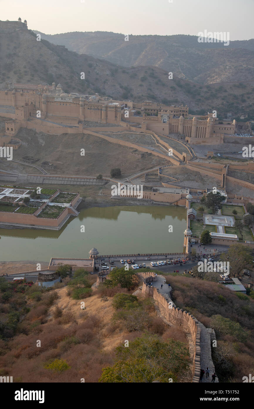 India, Rajasthan, Jaipur, Amber, Amber Fort and Wall Fortifications - Stock Image