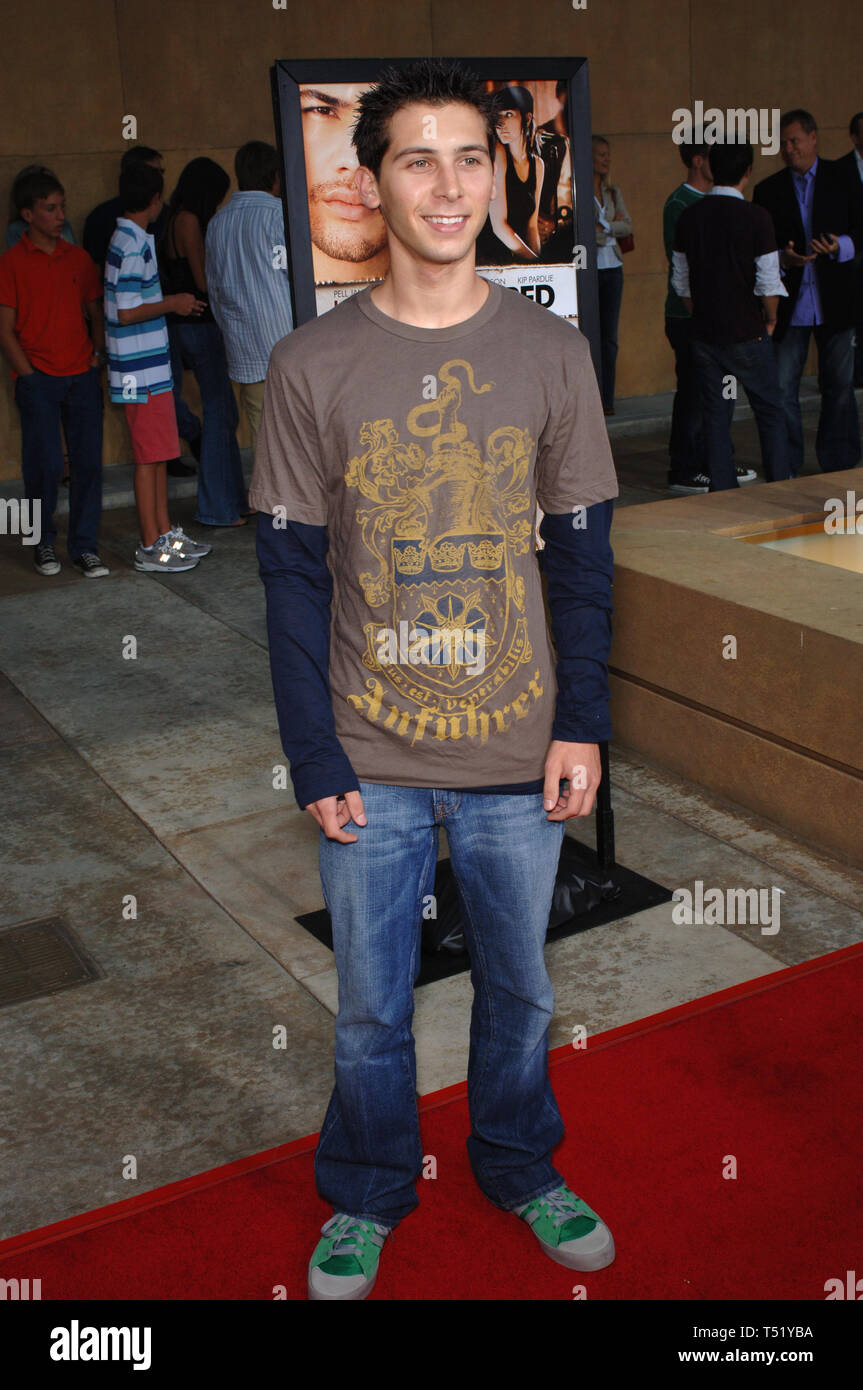 Los Angeles Ca August 23 2005 Actor Justin Berfield At The Los Angeles Premiere Of Undiscovered C 2005 Paul Smith Featureflash Stock Photo Alamy