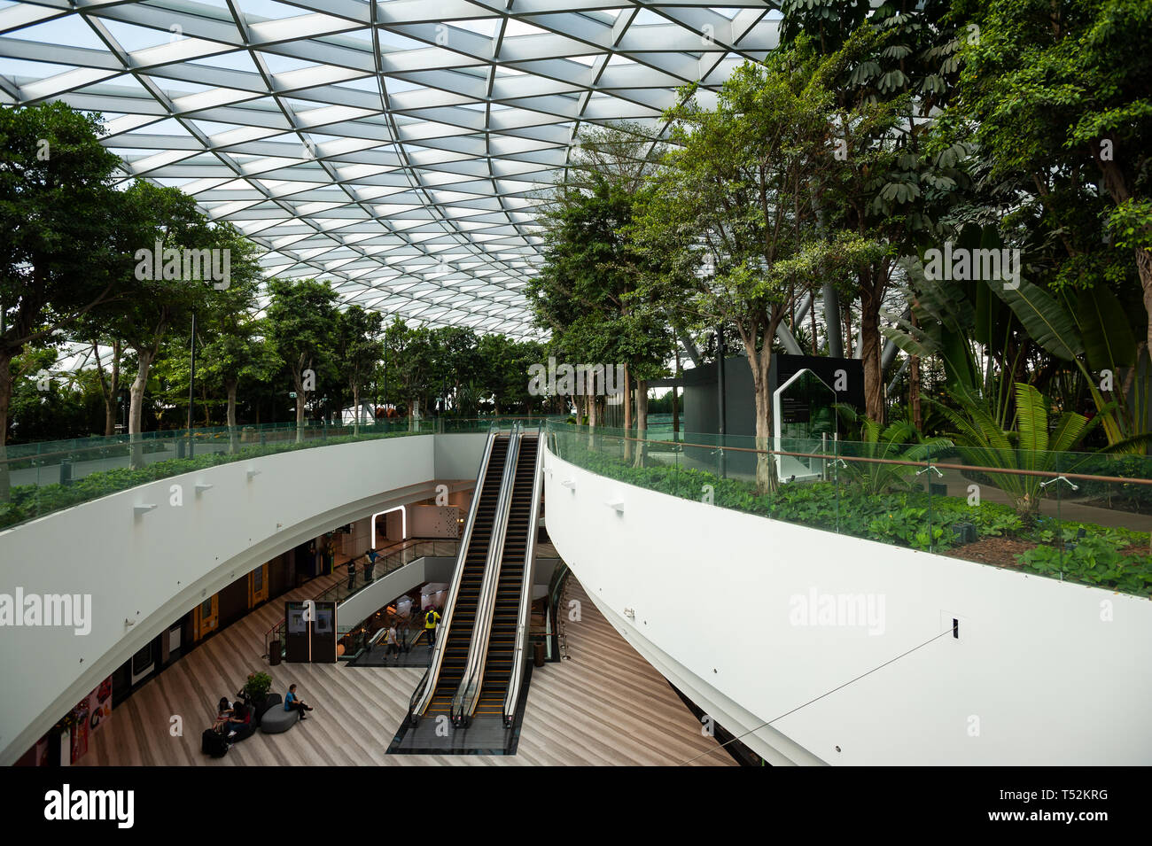 18.04.2019, Singapore, Republic of Singapore, Asia - View of the new Jewel Terminal at Changi Airport, designed by Moshe Safdie Architects. - Stock Image