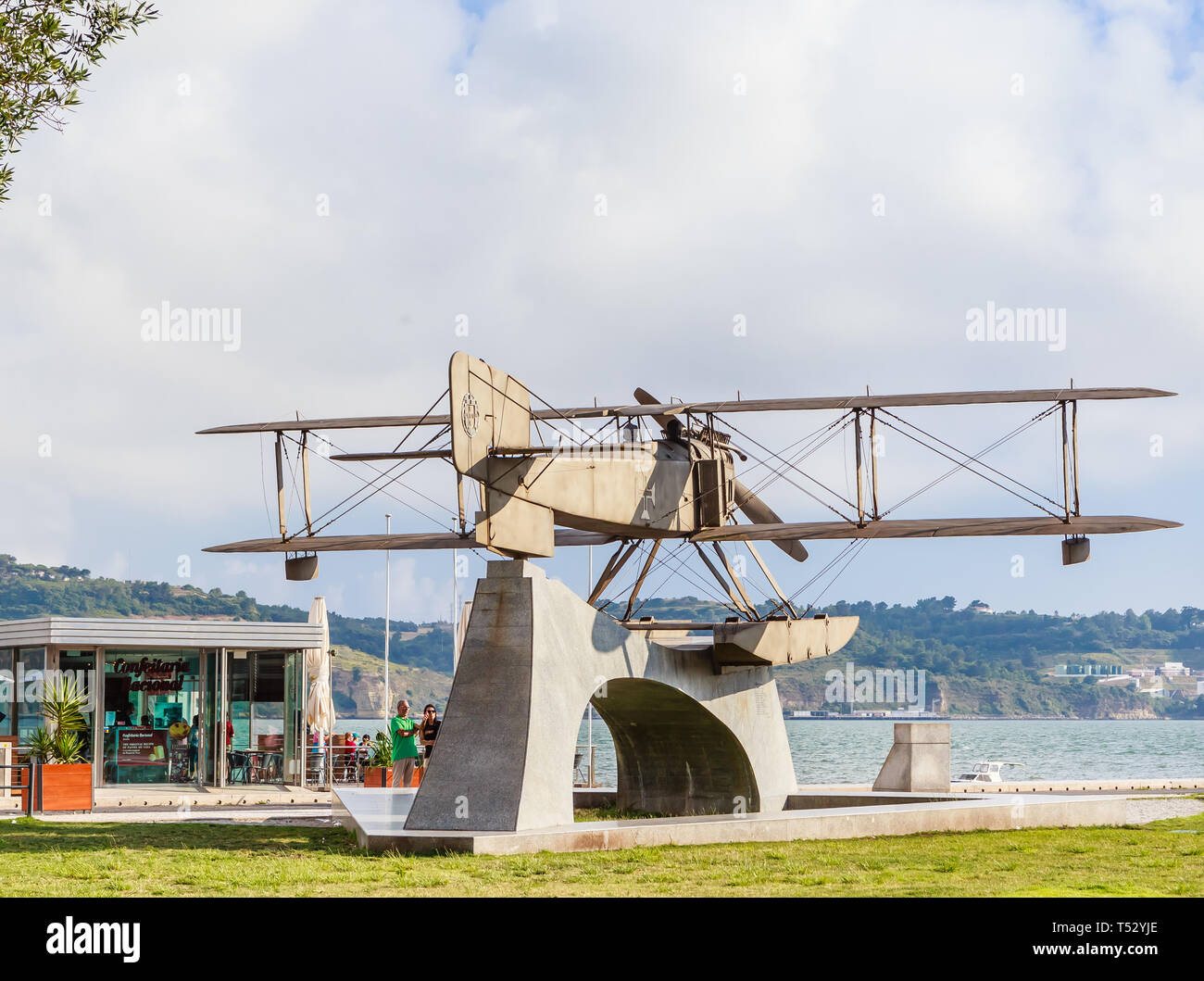 A monument of two fliers, Gago Coutinho and Sacadura Cabral who fllew in their bi plane from Lisbon to Rio de Janeiro in 1922. Belem, the embankment o - Stock Image