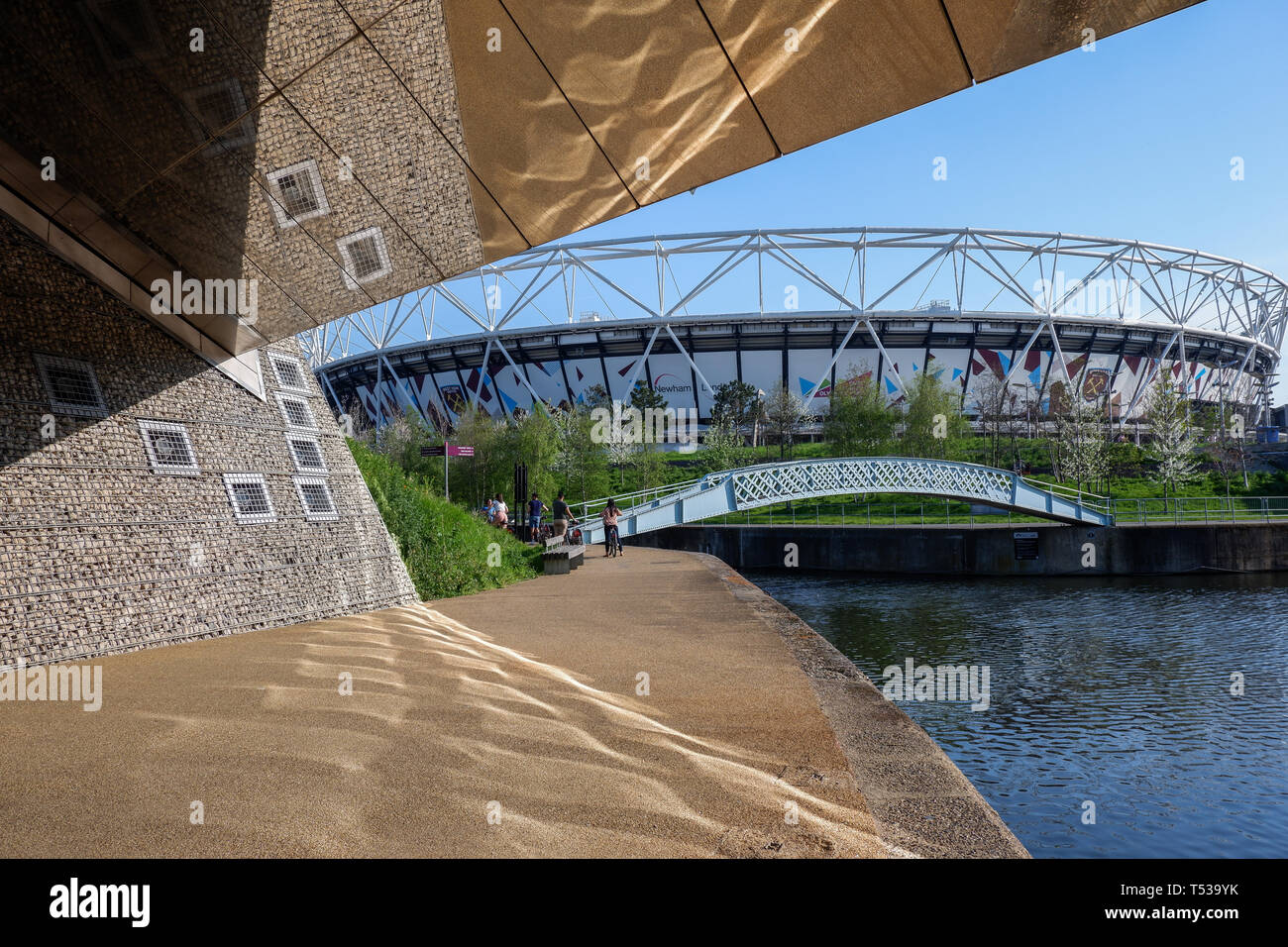 The Diamond Bridge and Carpenters Lock on the River Lea, Queen Elizabeth Olympic Park, Stratford, London, England, 2019 - Stock Image