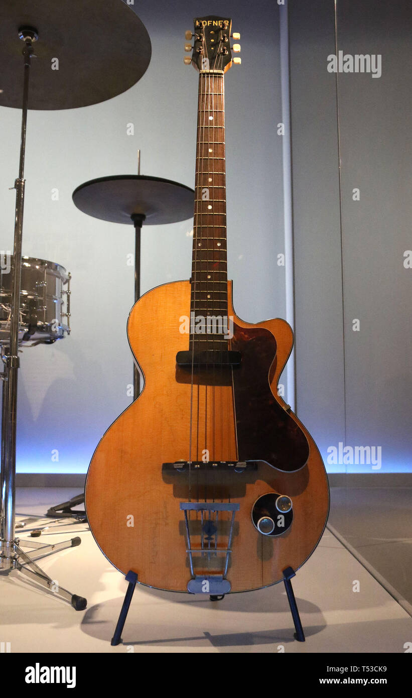 April 20, 2019 - New York City, New York, U.S. - GEORGE HARRISON CLUB 40 Electric Guitar on display at the 'Play It Loud: Instruments of Rock and Roll' exhibit held at the Metropolitan Museum of Art. (Credit Image: © Nancy Kaszerman/ZUMA Wire) - Stock Image