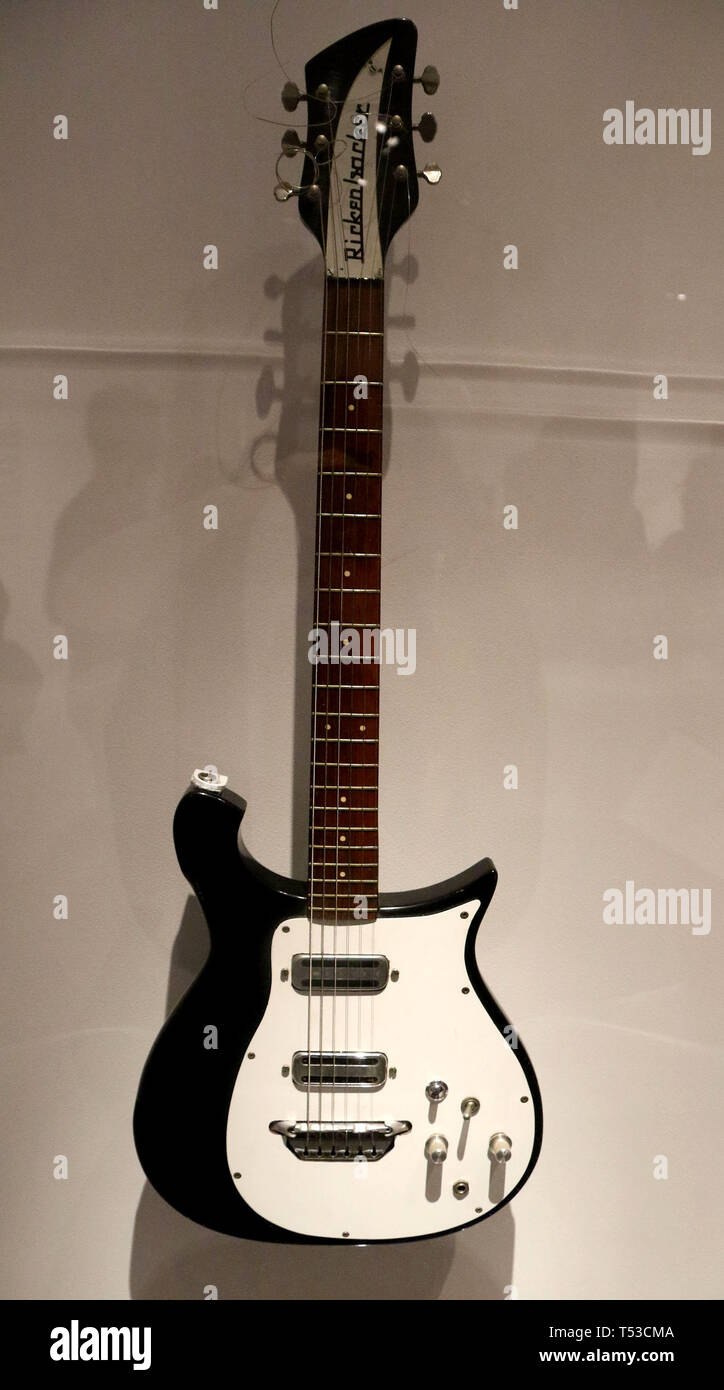 April 20, 2019 - New York City, New York, U.S. - 425 RICKENBACKER Electric Guitar owned by GEORGE HARRISON, on display at the 'Play It Loud: Instruments of Rock and Roll' exhibit held at the Metropolitan Museum of Art. (Credit Image: © Nancy Kaszerman/ZUMA Wire) - Stock Image