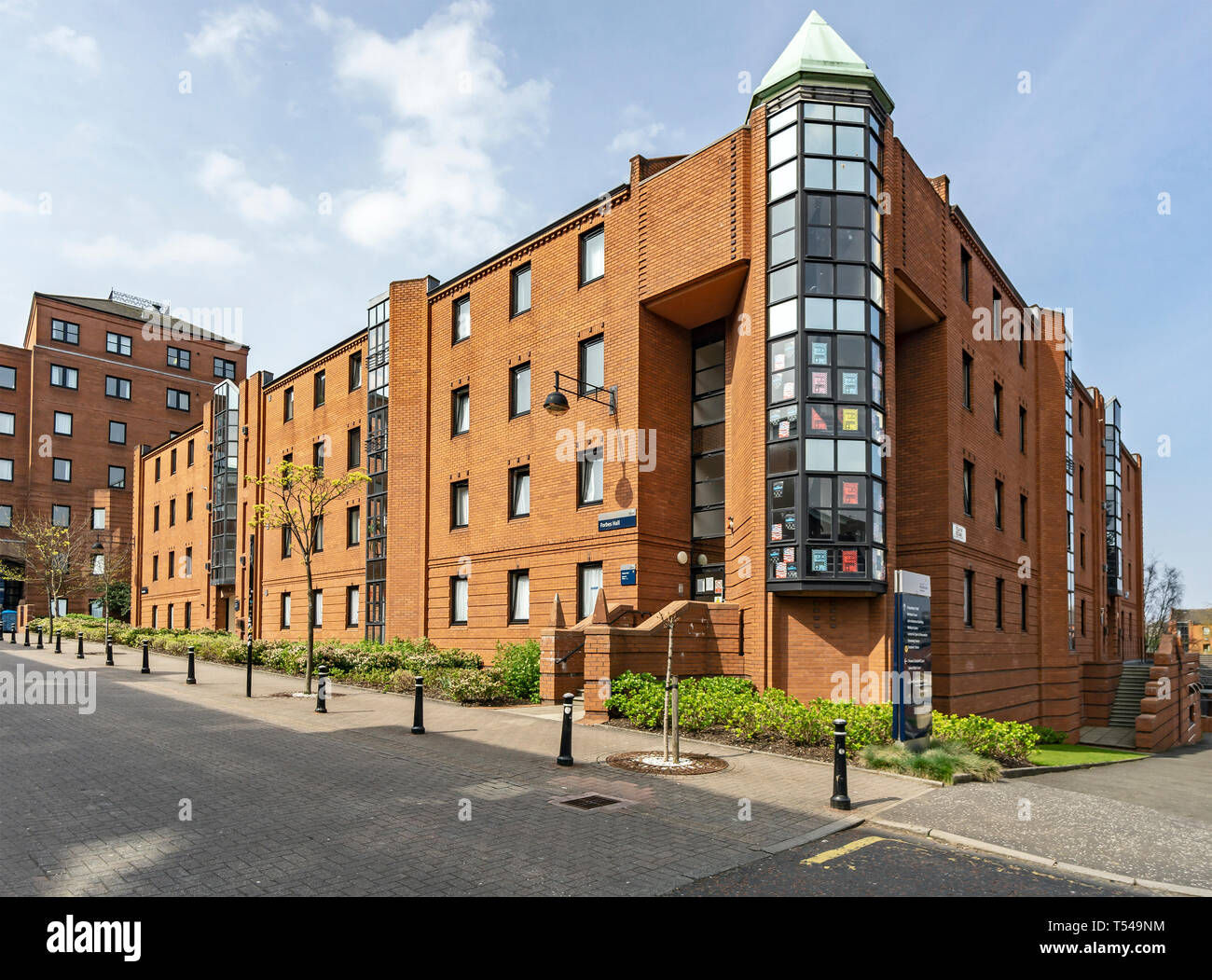 The University of Strathclyde Richmont Street Glasgow Scotland UK with Forbes Hall in Rottenrow East Stock Photo