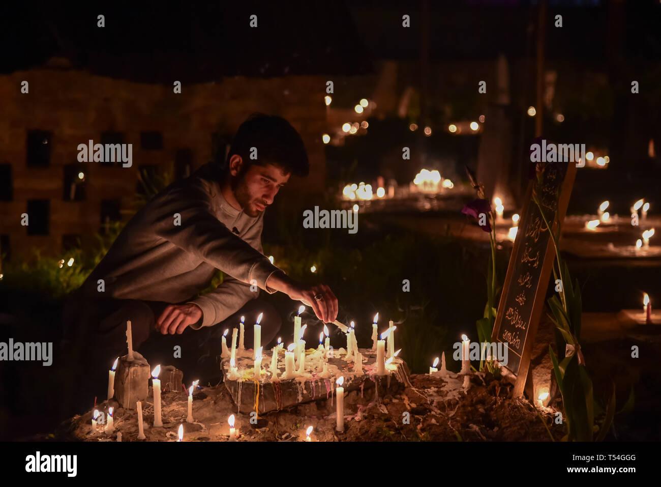 Srinagar, India  20th Apr, 2019  A Kashmiri Shia Muslim man