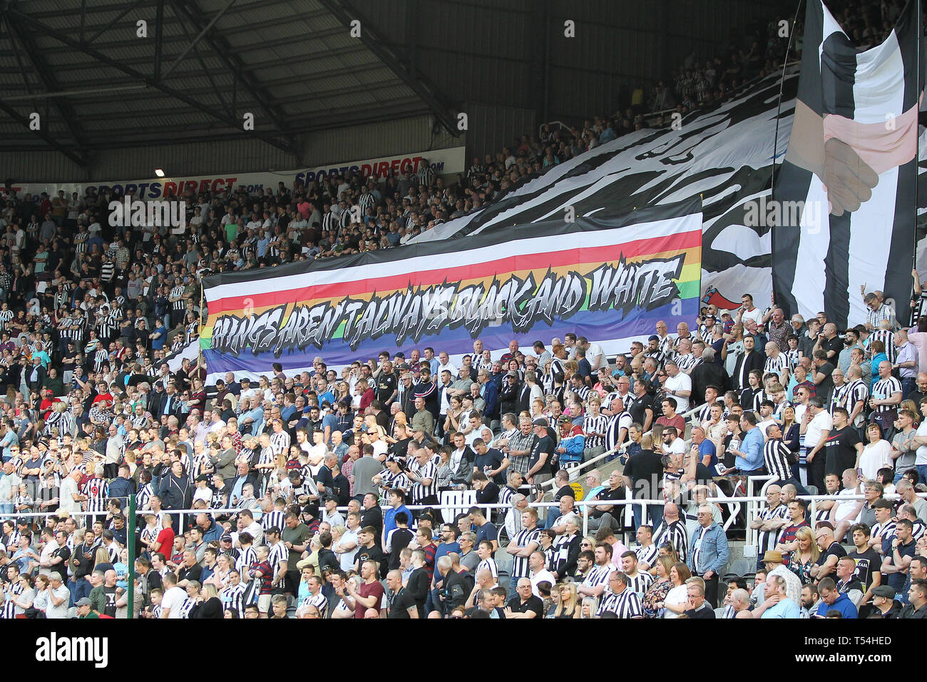 Newcastle United fans unveil a banner in support of LGBT and anti racism during the Premier League match between Newcastle United and Southampton at St. James's Park, Newcastle   Editorial use only, license required for commercial use. No use in betting, games or a single club/league/player publications. Photograph may only be used for newspaper and/or magazine editorial purposes. May not be used for publications involving 1 player, 1 club or 1 competition without written authorisation from Football Data Co Ltd. Credit: MI News & Sport /Alamy Live News - Stock Image