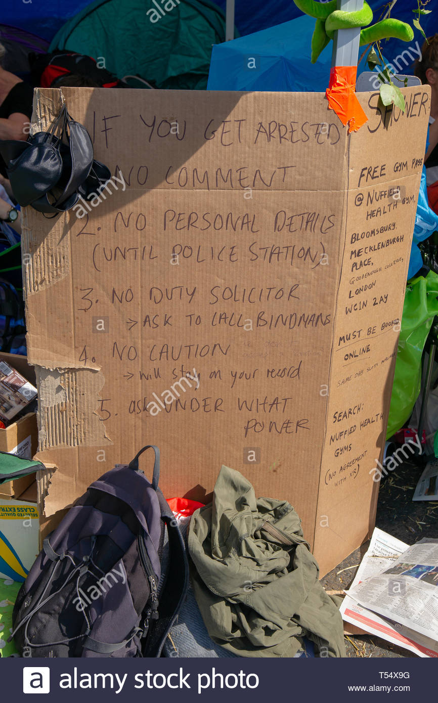 WATERLOO BRIDGE, LONDON, APRIL 19th 2019: Event organisers provide advice for protestors who may be arrested by the police ON 19th April 2009. - Stock Image