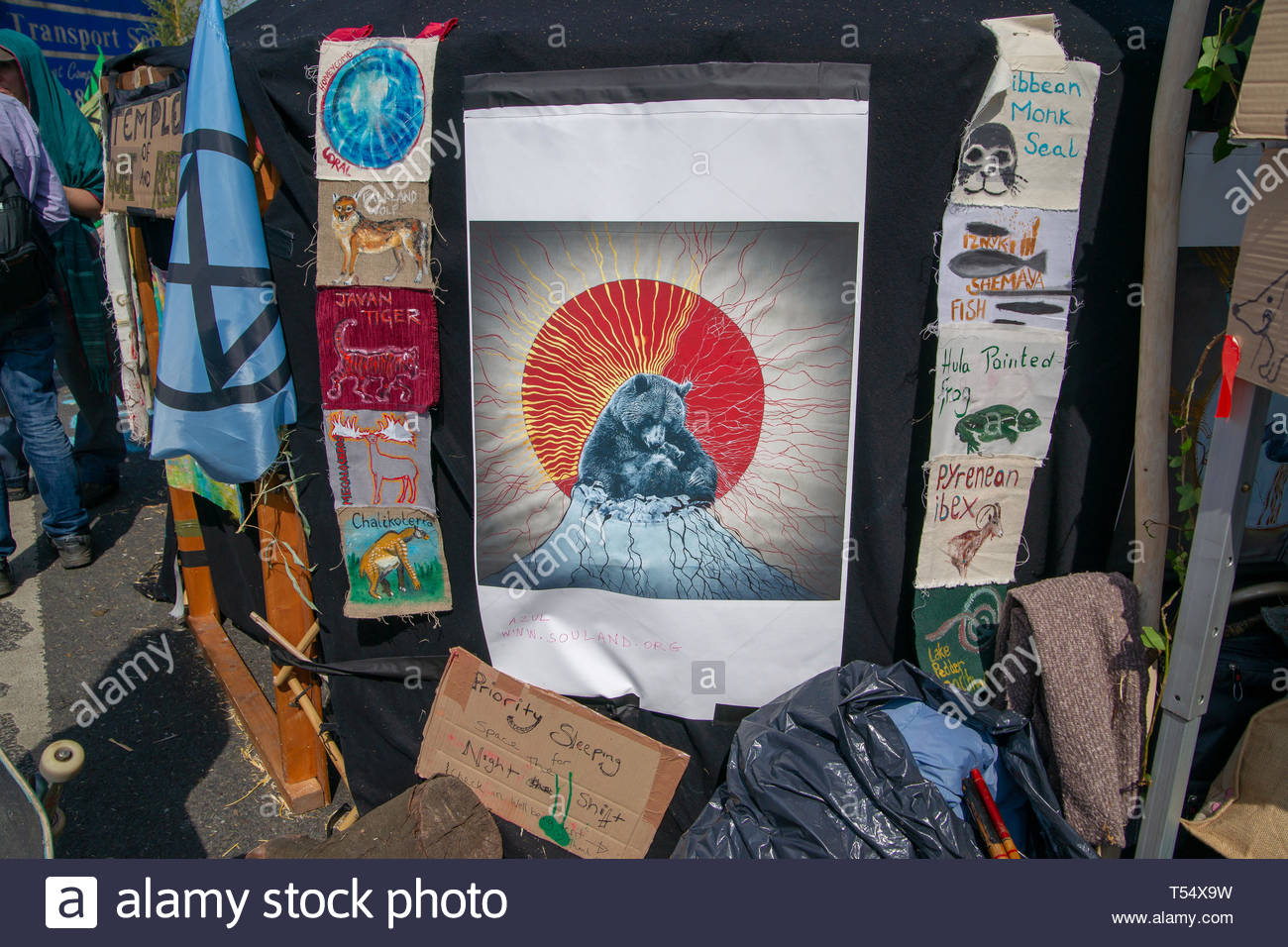 WATERLOO BRIDGE, LONDON, APRIL 19th, 2019: Artwork by Extinction Rebellion supporters expresses concern about global climate change. - Stock Image
