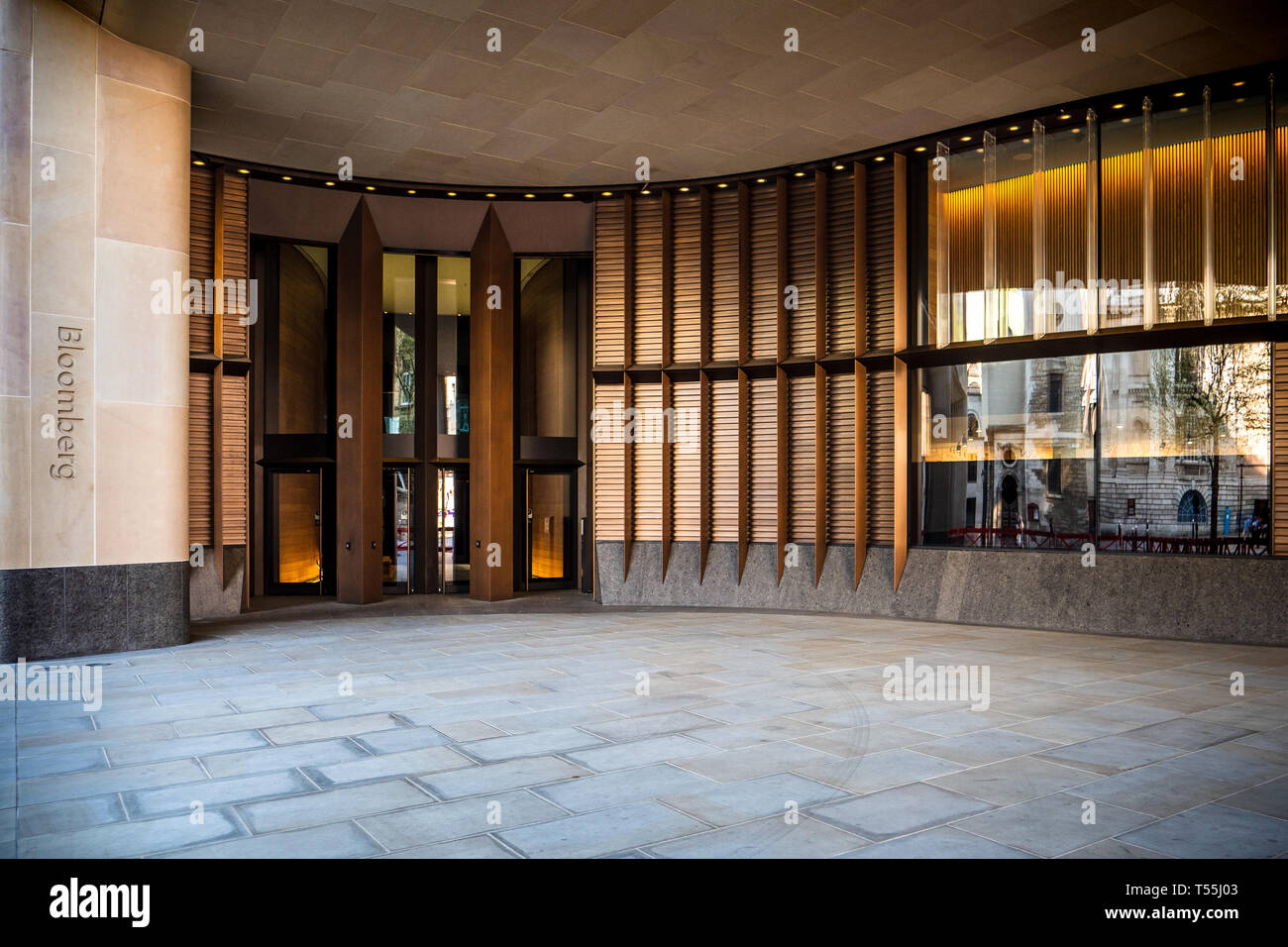 Bloomberg Building Entrance London - European HQ of Bloomberg L.P. Opened 2017 architects Foster and Partners - Stock Image