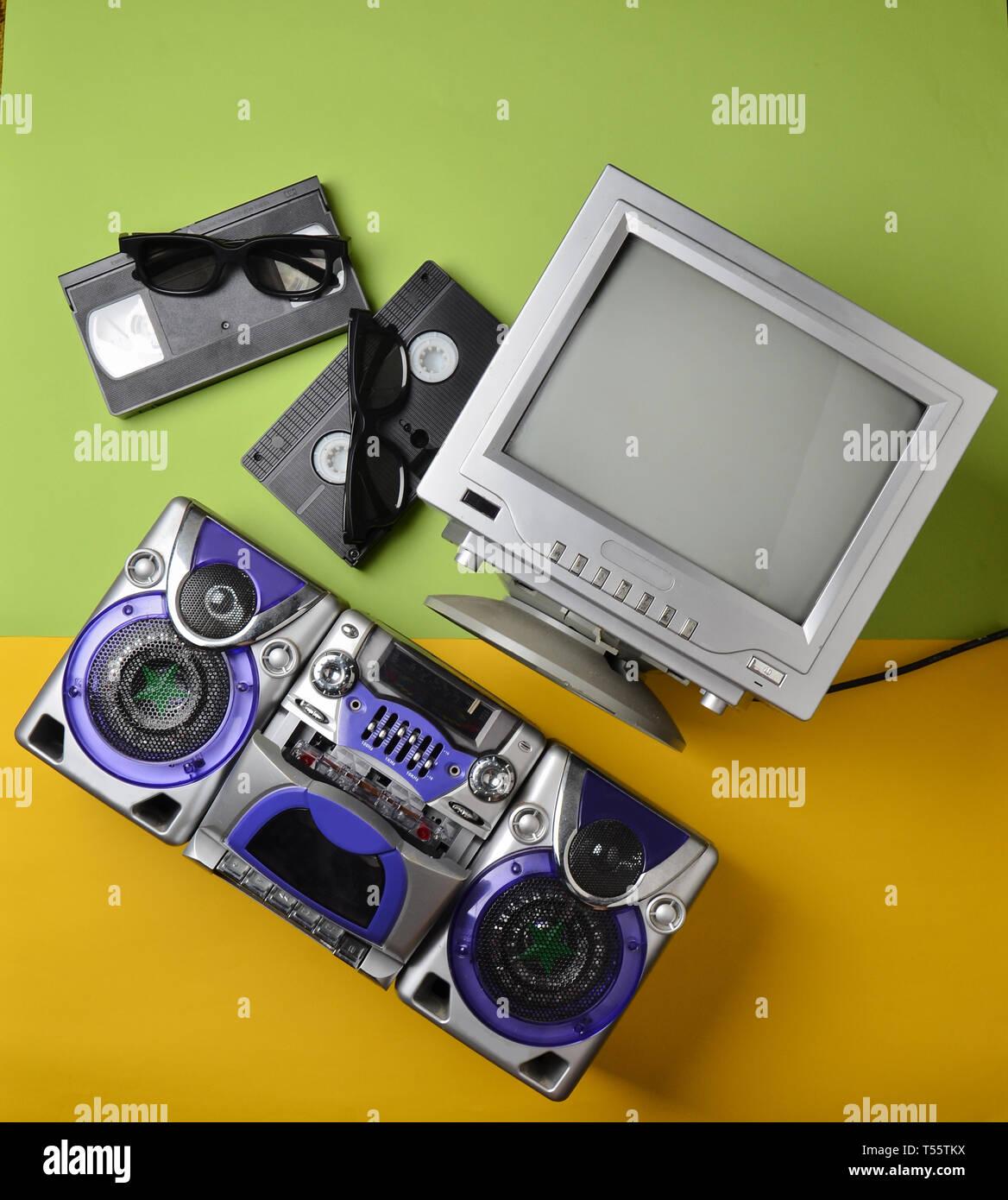 Retro media technologies  Entertainment 80s  Black white