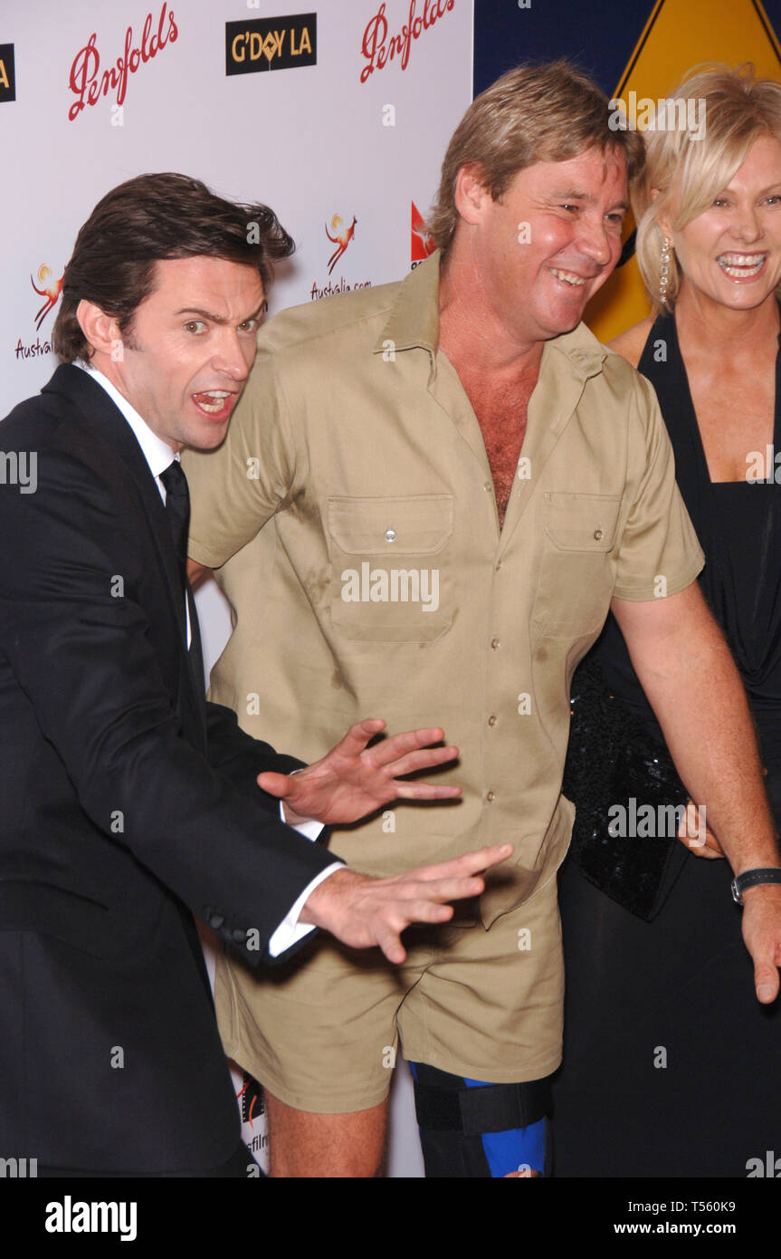 LOS ANGELES, CA. January 14, 2006: Actor HUGH JACKMAN (left) & crocodile hunter STEVE IRWIN  at the Penfolds Icon Gala Dinner, part of the G'Day LA Australia Week, at the Hollywood Palladium. He was presented with the Excellence in Entertainment Award. © 2006 Paul Smith / Featureflash - Stock Image