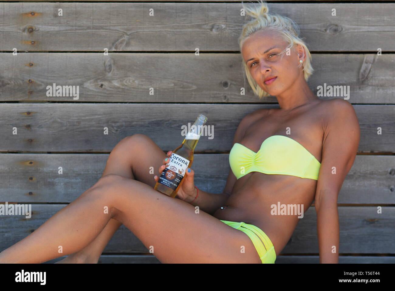 Nude skinny blonde blonde