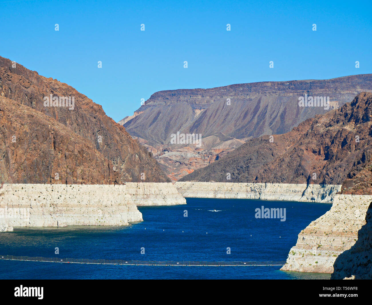Low water line of Colorado River at Hoover Dam showing the extent of water loss or drought, Arizona and Nevada Stock Photo