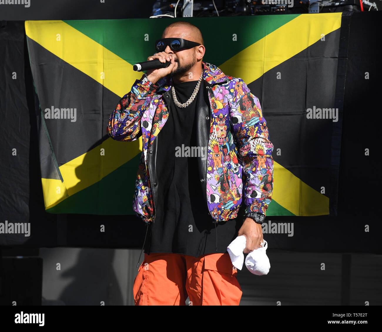 Miami FL, USA  20th Apr, 2019  Sean Paul performs during the