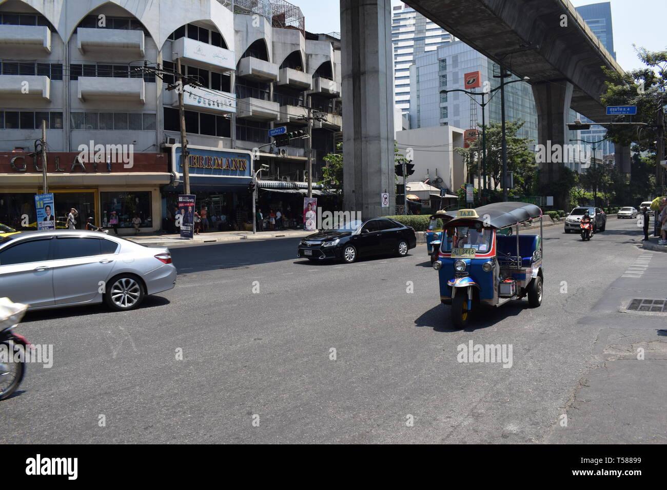 Bangkok Strassenverkehr - Stock Image