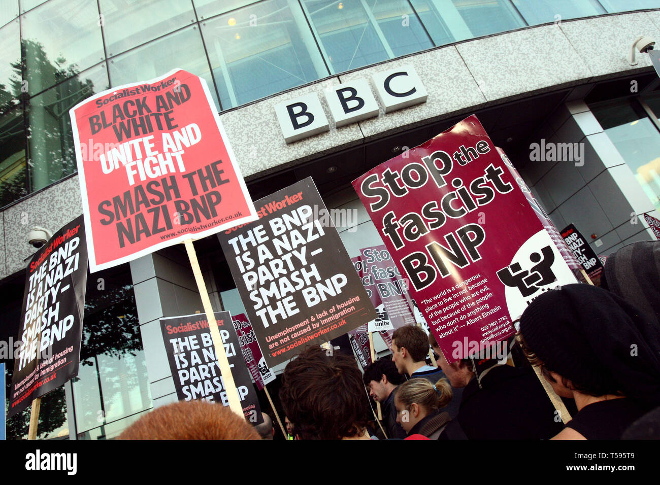 UAF demo opposing the invitation of BNP leader Nick Griffin on Question Time. BBC Television Centre, London.22/10/2009 - Stock Image
