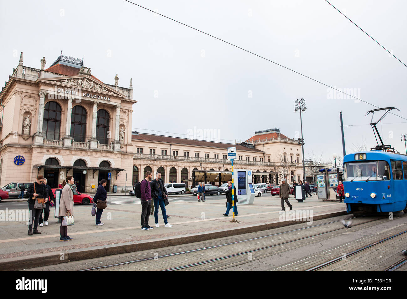 Zagreb Croatia April 2018 People In Front Of Glavni Kolodvor