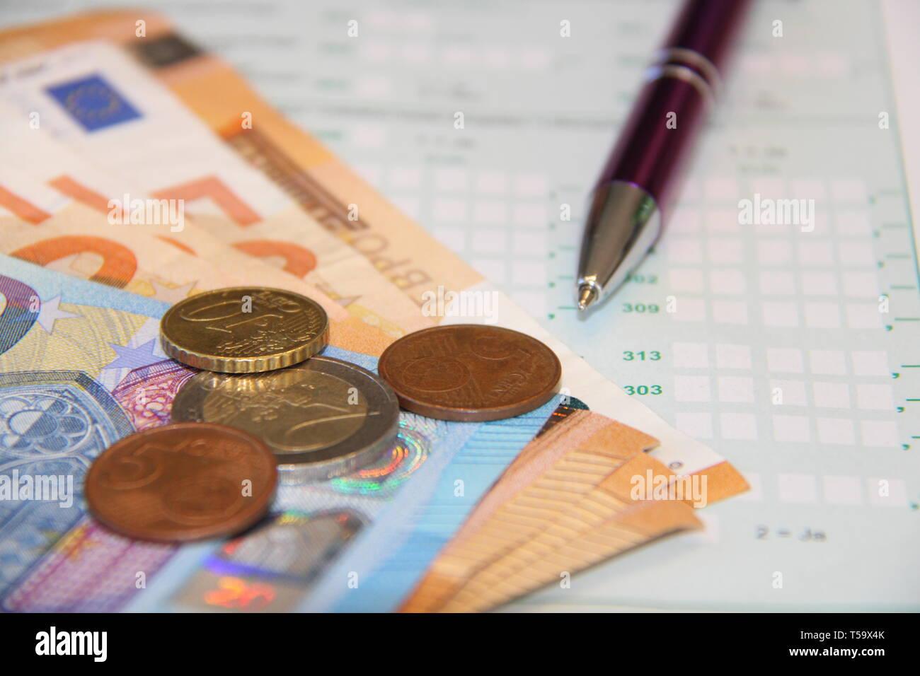 Money Geld Steuererklärung business - Stock Image