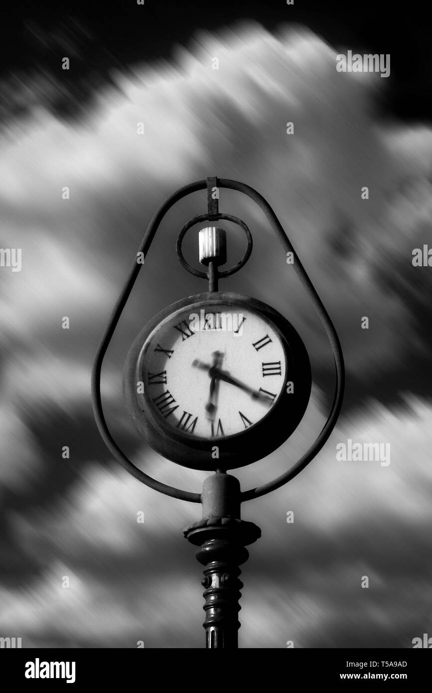 Tempus fugit / Time is running - Stock Image