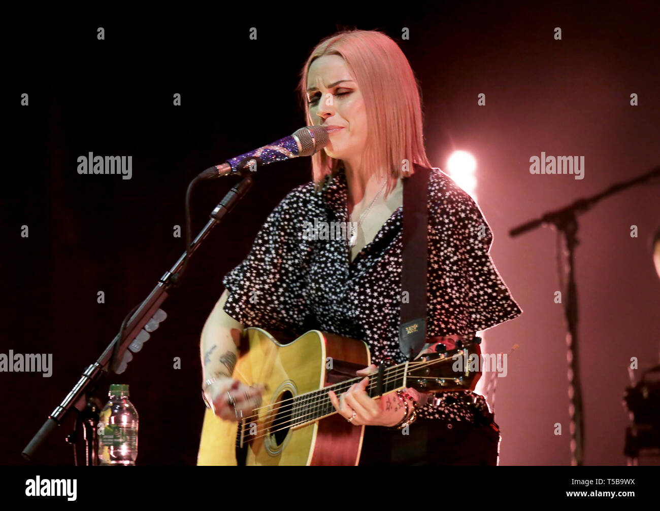 Amy macdonald 2019 tour dates