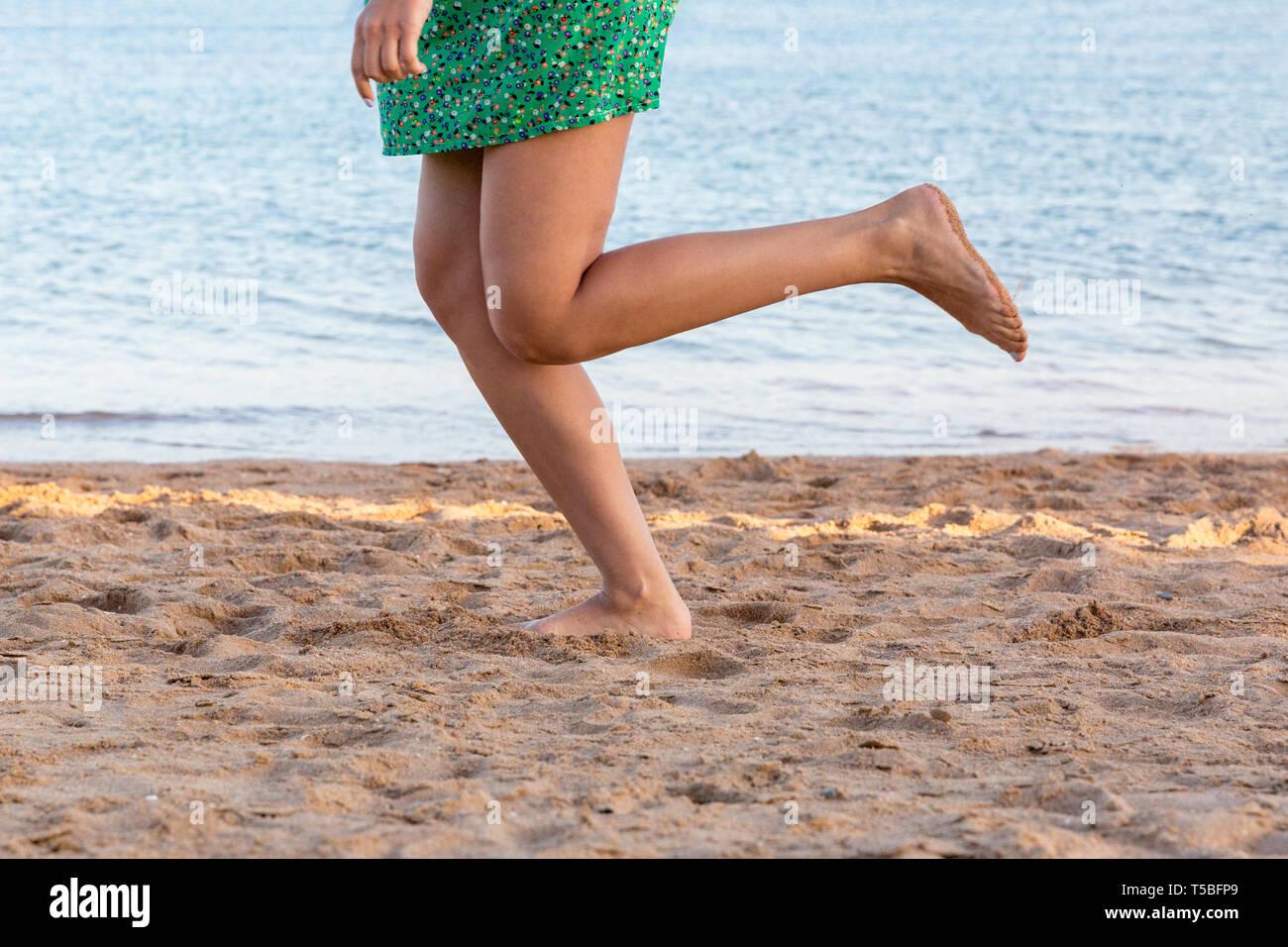 Woman Profile Legs Running Stock Photos & Woman Profile Legs Running