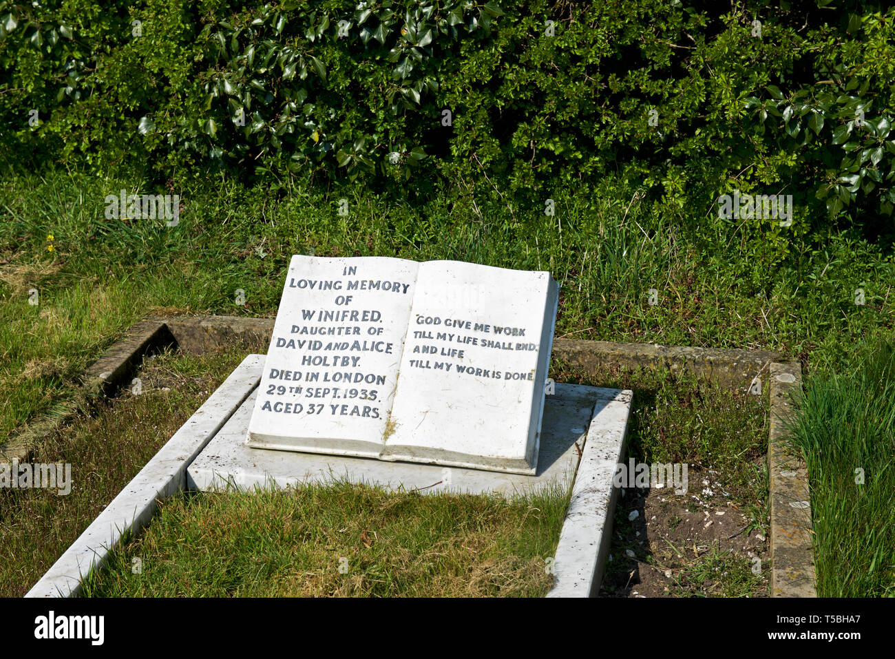 The Grave Of Winifred Holtby Author Of South Riding In The Graveyard Of All Saints Church Rudston East Yorkshire England Uk Stock Photo Alamy