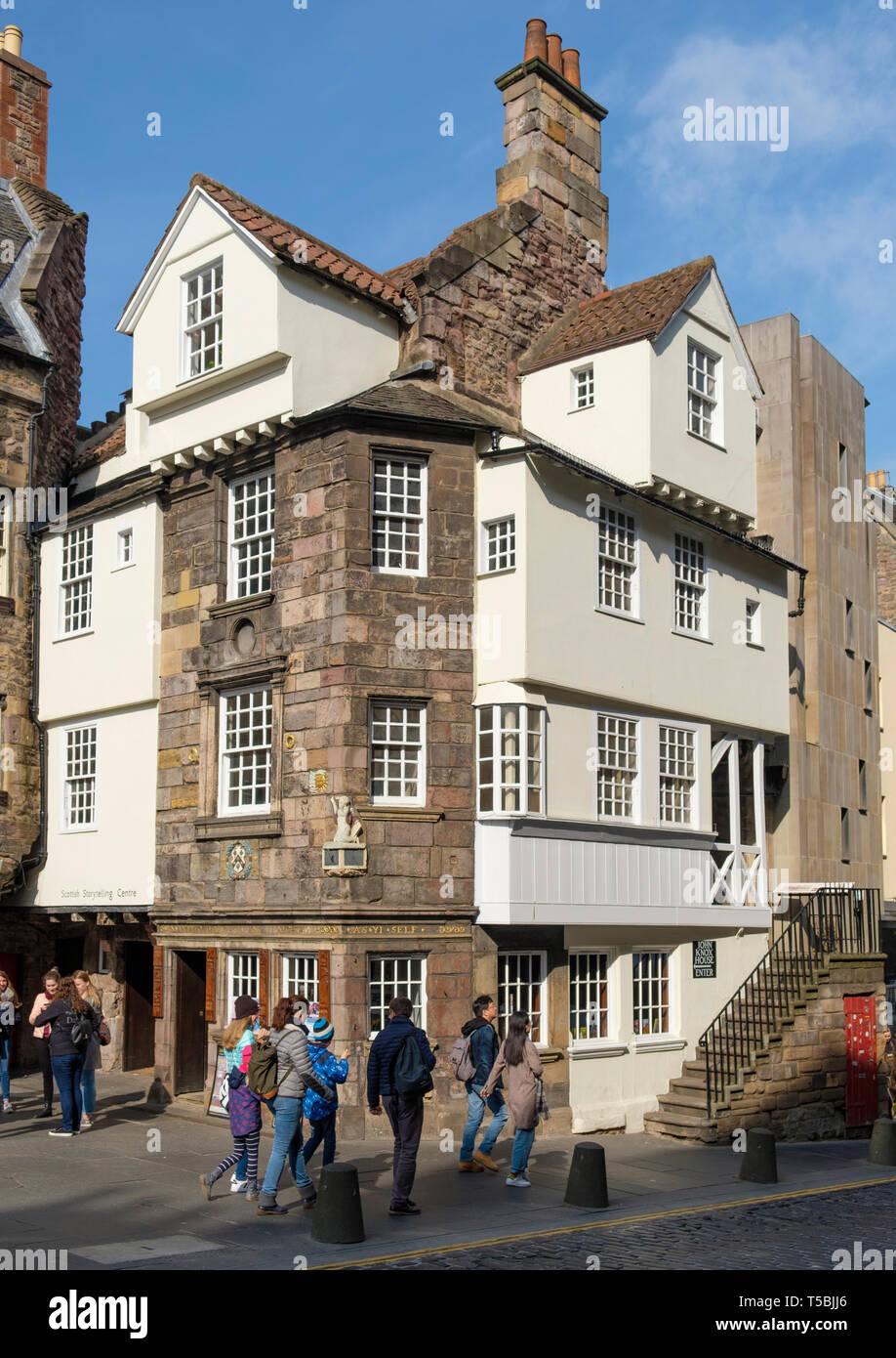 Exterior view of John Knox House on Royal Mile in Edinburgh Old Town, Scotland UK Stock Photo