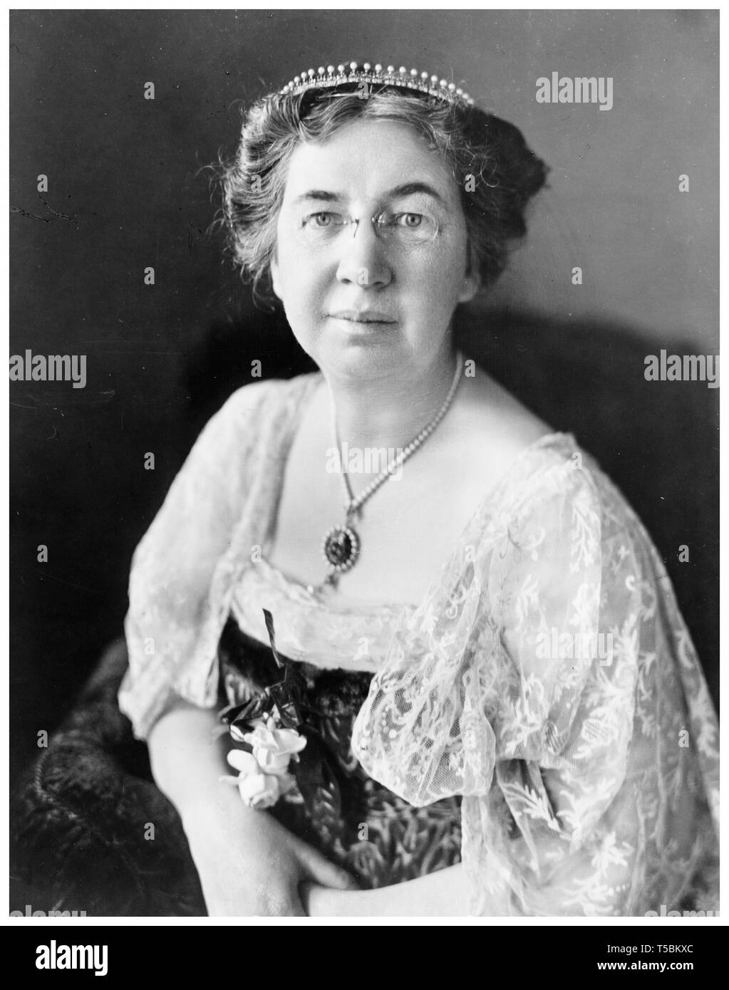 Mabel Gardiner Hubbard Bell (1857-1923), wife of inventor Alexander Graham Bell, portrait, by Harris & Ewing, c. 1917 Stock Photo
