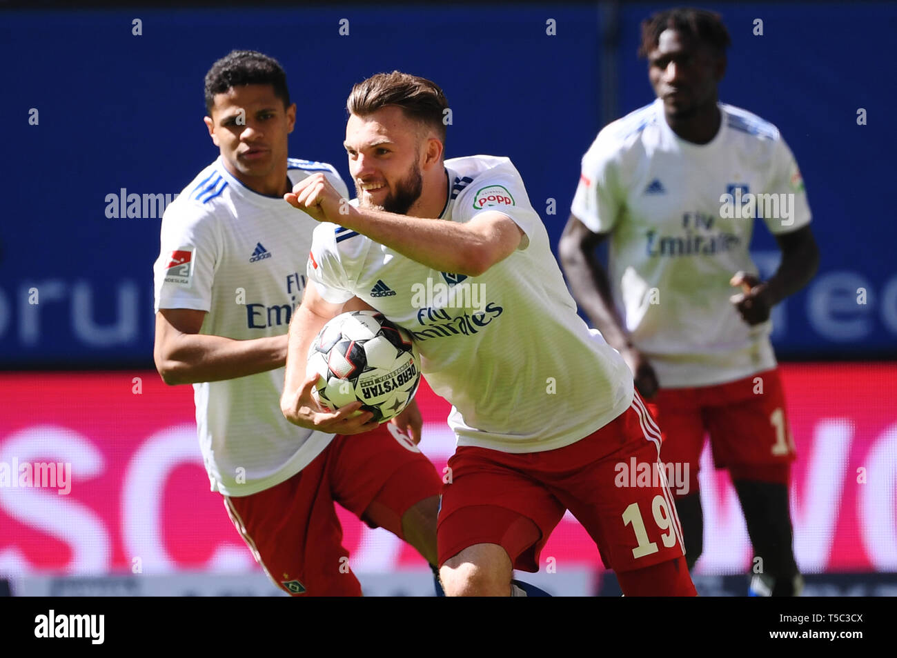 HAMBURG, GERMANY - APRIL 20: Manuel Wintzheimer of Hamburg celebrates after scoring his team's first goal during the second Bundesliga match between H - Stock Image