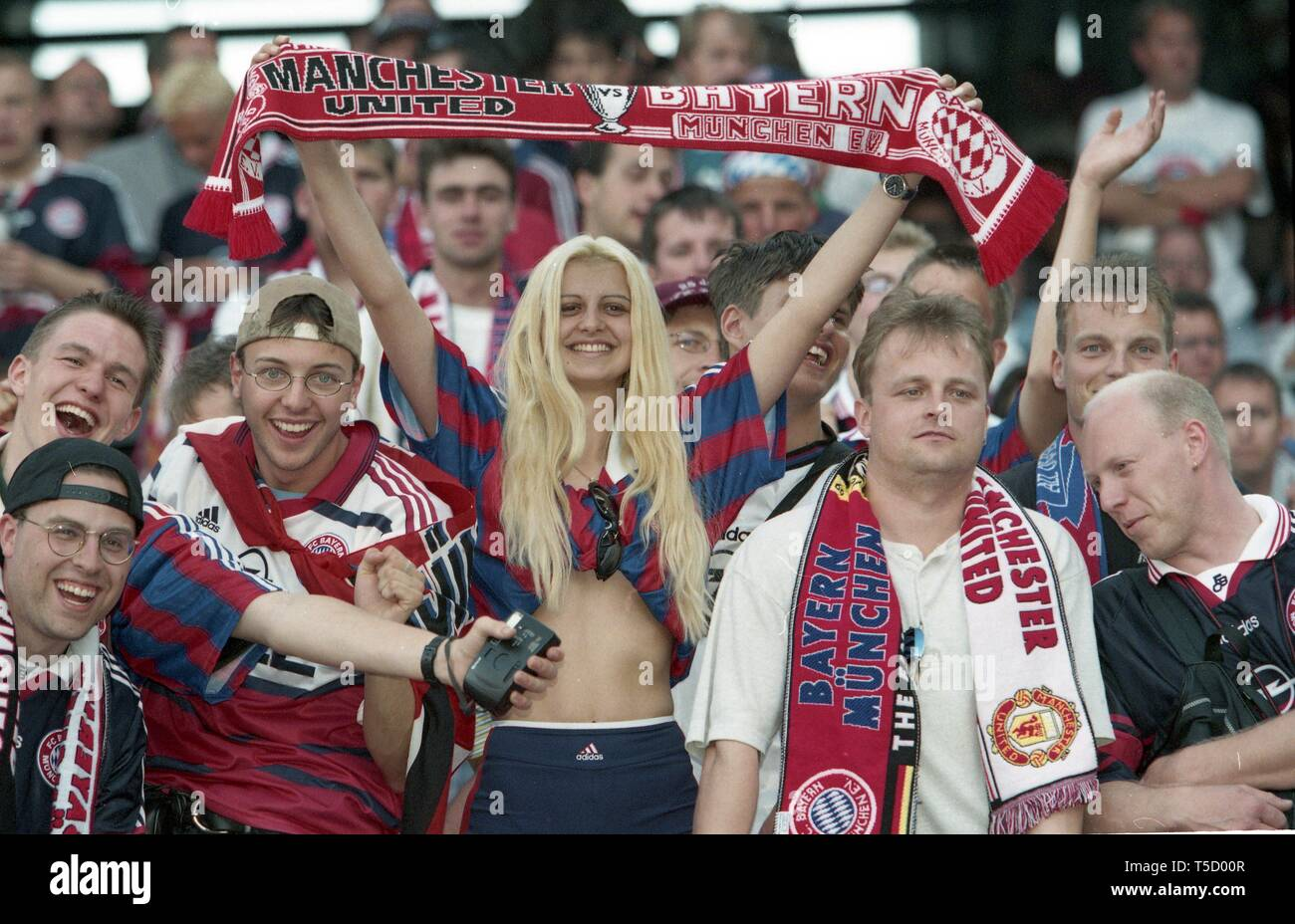 Barcelona, Spanien. 18th Apr, 2019. firo: 26.05.1999 Football, 1998/1999 Champions League: Final Manchester United - Bayern Munich, Munich, Munich 2: 1 fans, Bayern | usage worldwide Credit: dpa/Alamy Live News - Stock Image