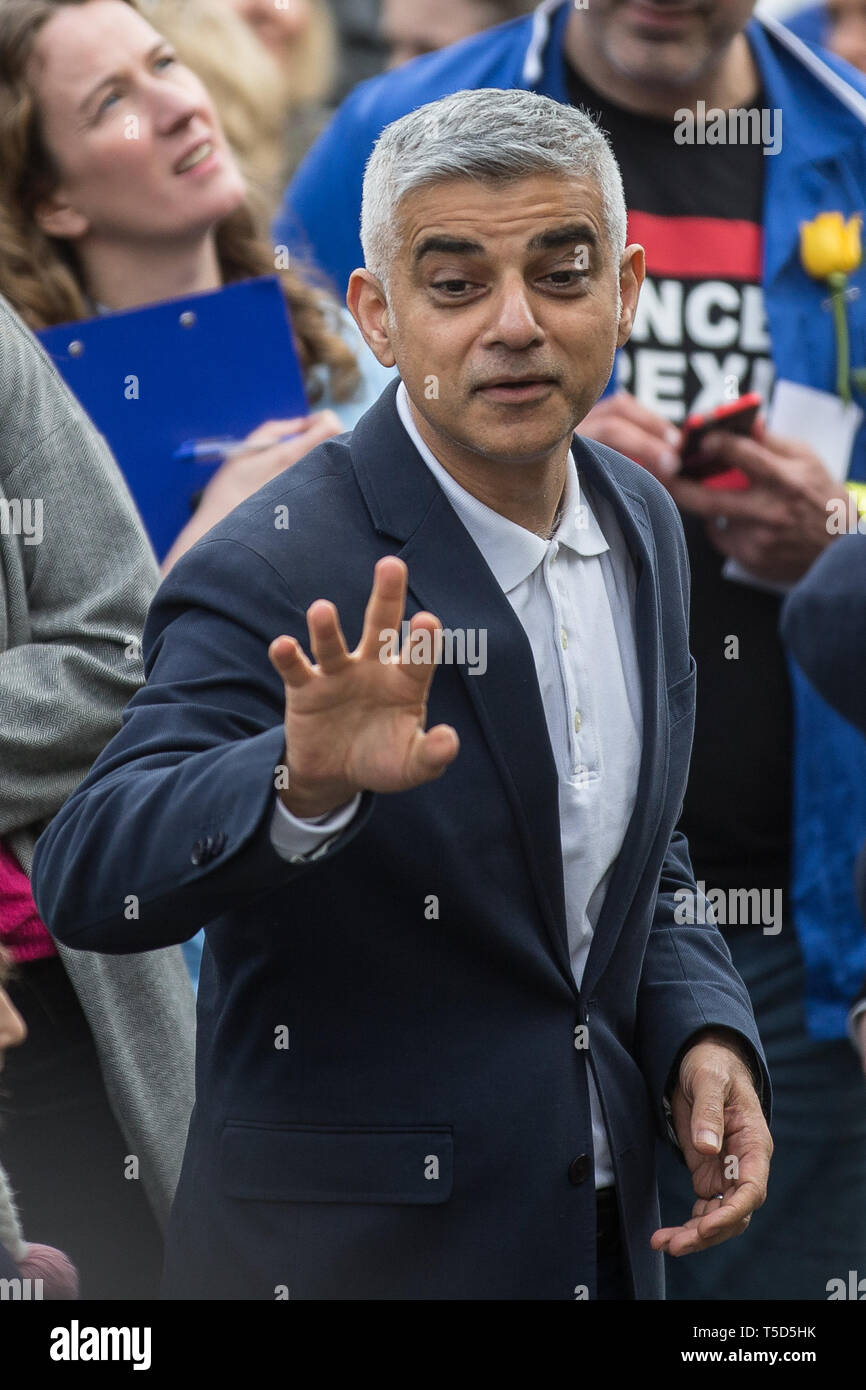 Put It To The People rally at Parliament Square sees hundreds of thousands of people march through London demanding a final say on Brexit  Featuring: Sadiq Khan Where: London, United Kingdom When: 23 Mar 2019 Credit: Wheatley/WENN - Stock Image