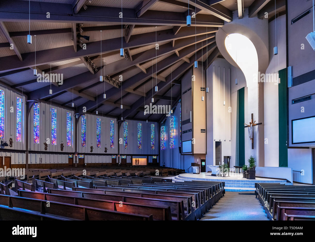 Modern Catholic Church Interior High Resolution Stock Photography And Images Alamy