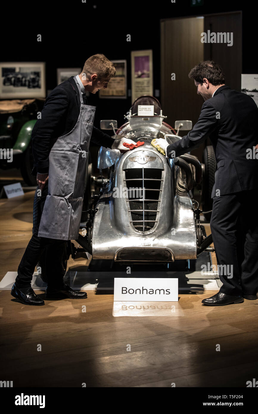 Preview of 'Age of Endeavour' Exhibition dedicated to Bentley at Bonhams, featuring Bentley Team car 'Mother Gun' 1928 Le Mans winner. Stock Photo