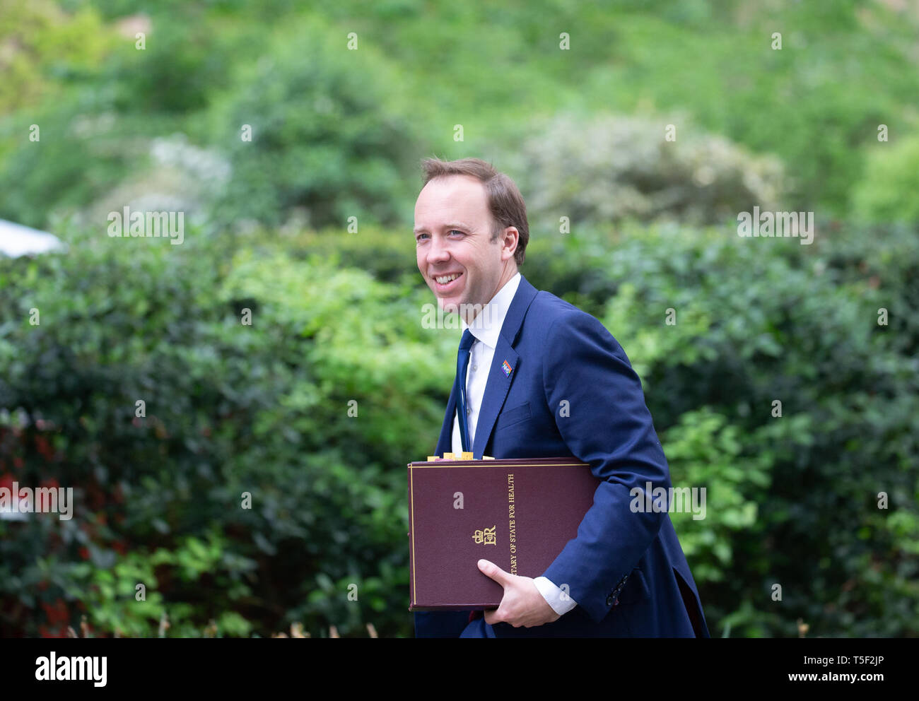 Matthew Hancock, Secretary of State for Health and Social Care, arrives in Downing Street for a Cabinet meeting. - Stock Image