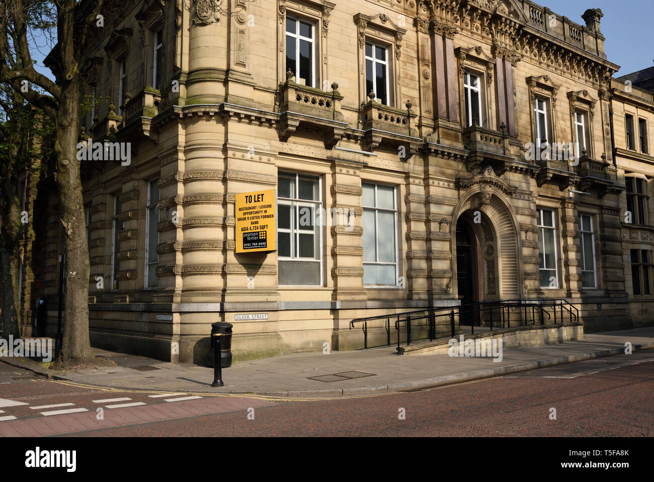 Former barclays bank closed and to let, in bury lancashire uk - Stock Image