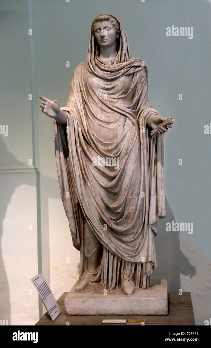 Octavia the younger (69-11 BC.) Sister of Augustus, the so-called Sybil. 1st century AD. Farnese collection. Naples, Italy. - Stock Image