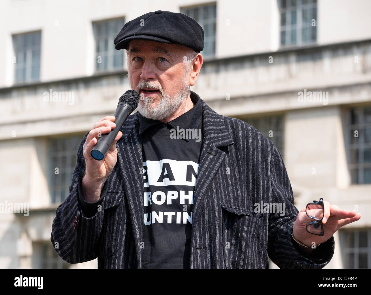 Peter Egan speaking at the London march against trophy hunting and extinction rally at Richmond Terrace, opposite Downing Street, London. Stock Photo